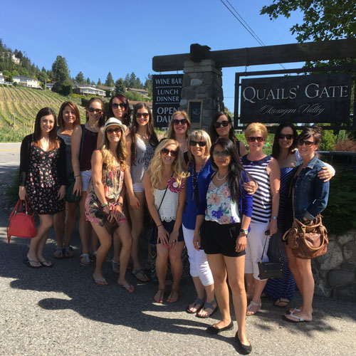 distinctly kelowna custom tours