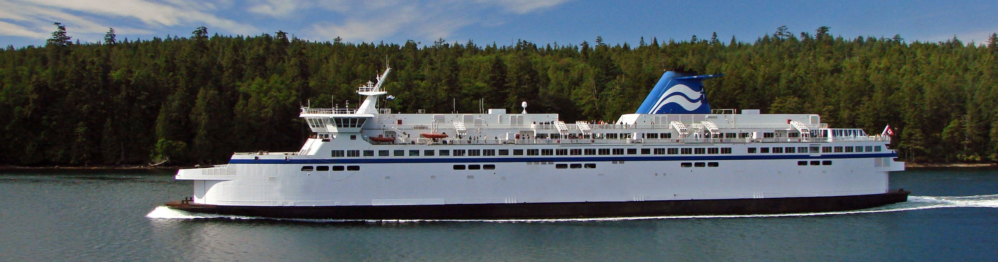 distinctly kelowna wine tours bc ferries